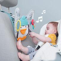 Penguin-play-kick-catr-toy-baby.jpg