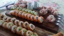 Sushi y ceviche de pulpo