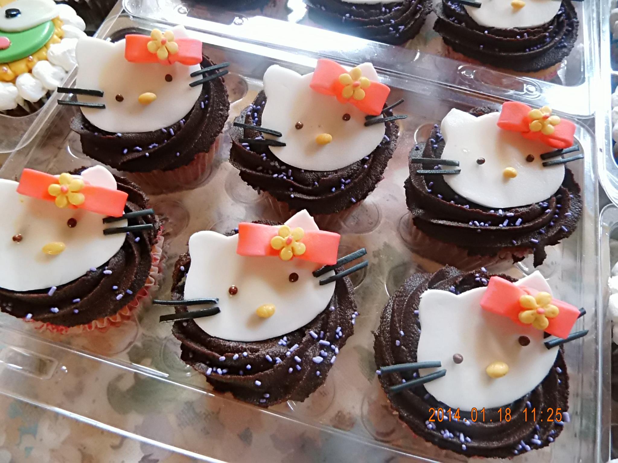 Cupcake ganache Hello Kitty
