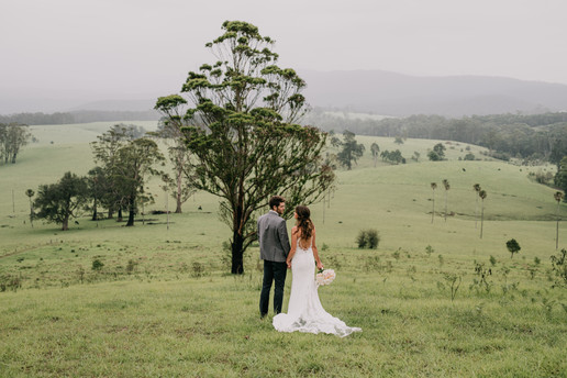 Rolling Hills, Bride and Groom