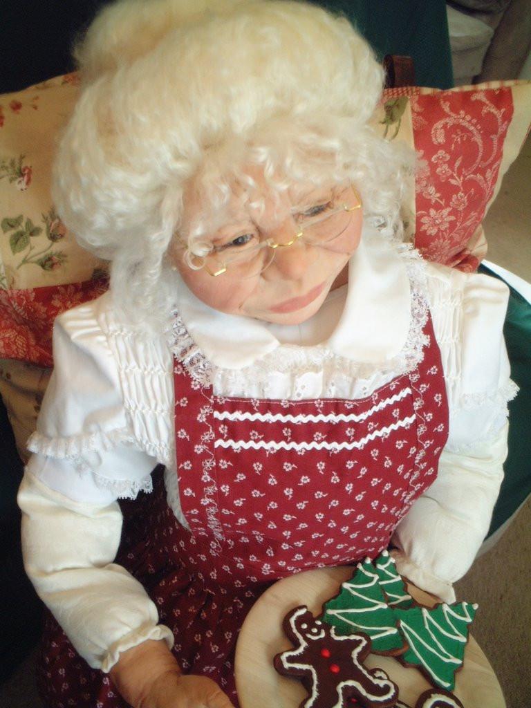 Mrs. Santa 042.jpg