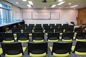 "<ig rc=""co-workingspace-singapore.jpg"" width""297"" height=""420"" alt=""Co-working, Event-space, Singapore, TradingPLC"" title=""co-working, event-space, Singapore""/>"
