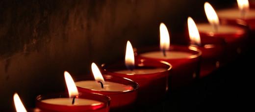 Candlelight and Carols