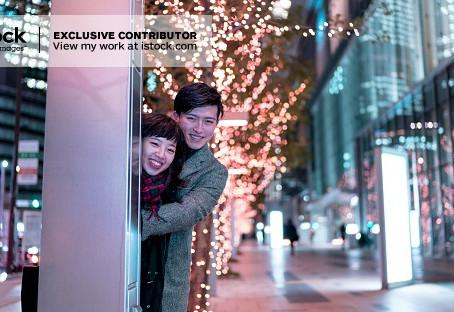 冬のカップルのイメージ写真です