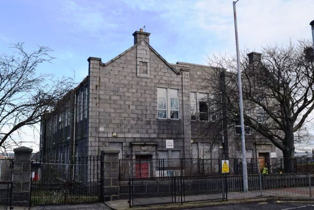 View from Victoria Road of the school buildings