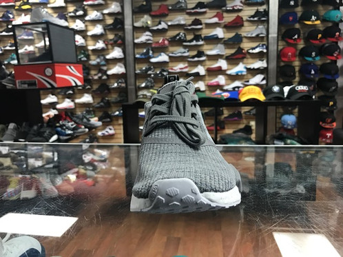 NMD R1 glitch gray reveiw