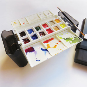 Portable Painter Classic Ready for Action