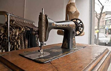 Baggy Caps old singer sewing machine