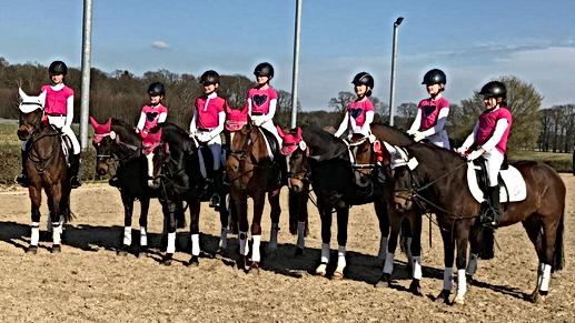 2_Mannschaften_pink_März_2019.png