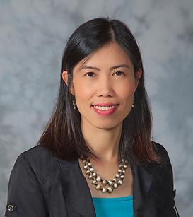 Linh Phung Headshot.png