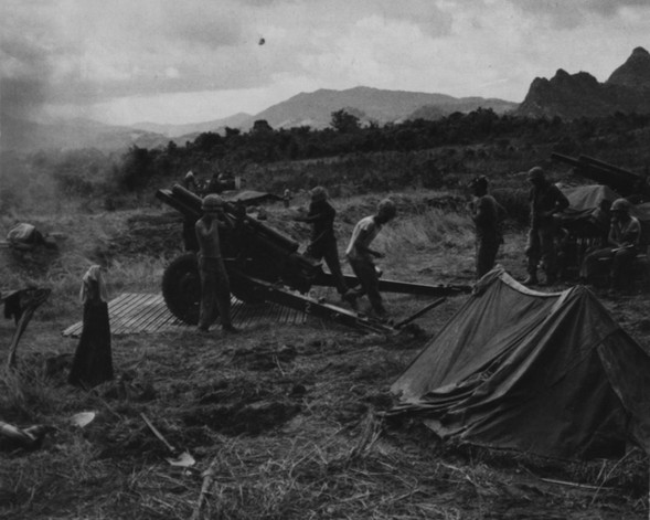 27OCT66. Marines of the 12th Artillery Battalion give support during Operation Prairie.  Source: National Archives photo no. 26387415