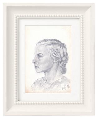 Портрет сестры Нади в профиль