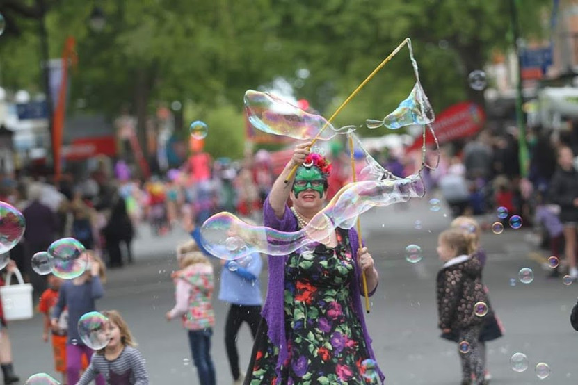 Flossie Baloons Kids Zone.jpg