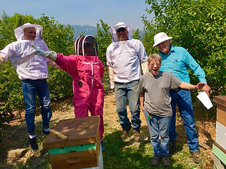 RCC Beekeeping Class at Shooting Star Nursery