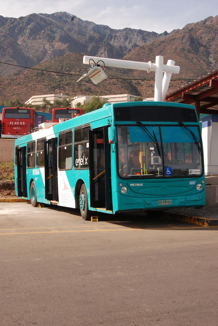 Reborn Eléctric - Bus y Pantógrafo