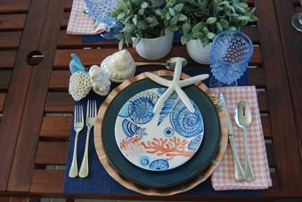 Decorate with Ceramic Pieces
