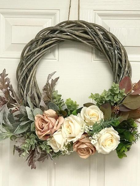 Seasonal, Silk Flower Wreath