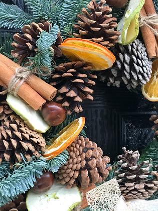 £45- Wreath Workshop- Saturday 4th December (4pm-6pm)