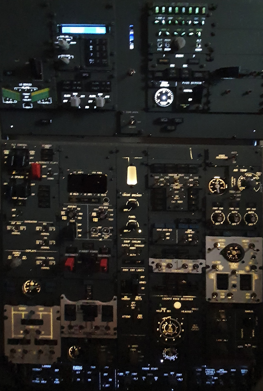 Cold or warm white at 737DIYSIM.