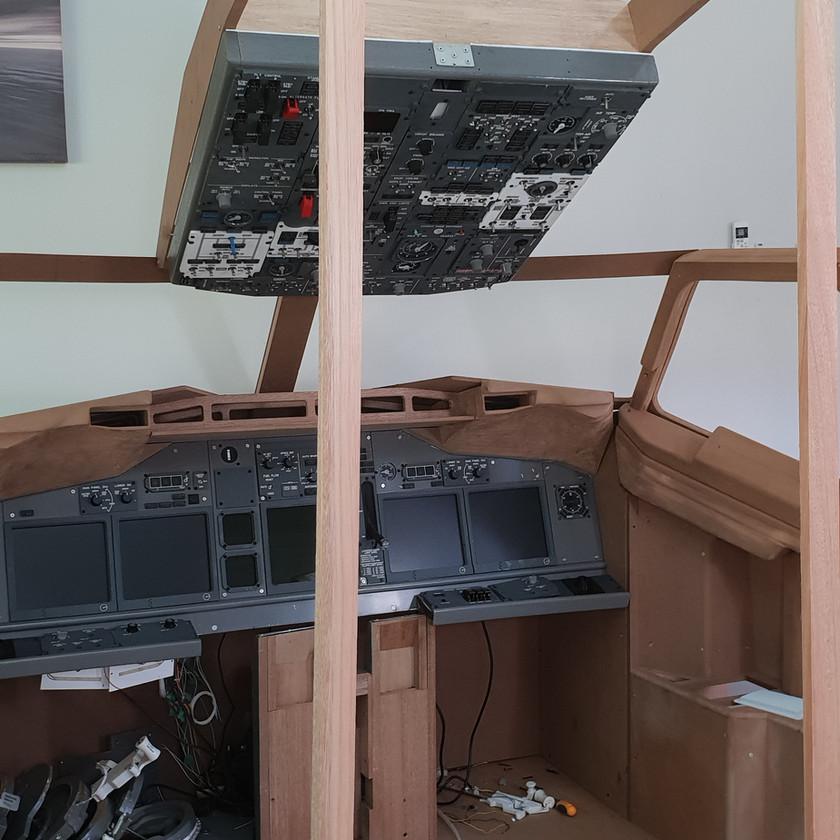 737 overhead Panel Installation