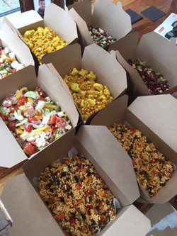 Large salad box delivery