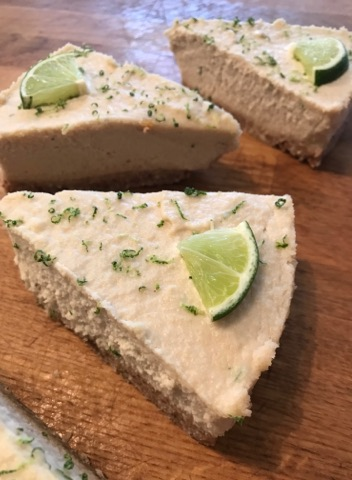 Vegan lime 'cheesecake'