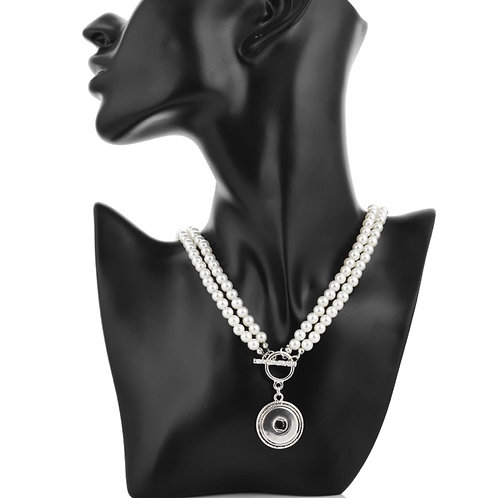 Pearl Toggle Snap Necklace