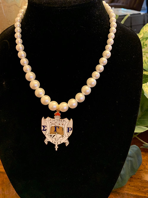 SGRho 2 inch Shield Pearl Necklace