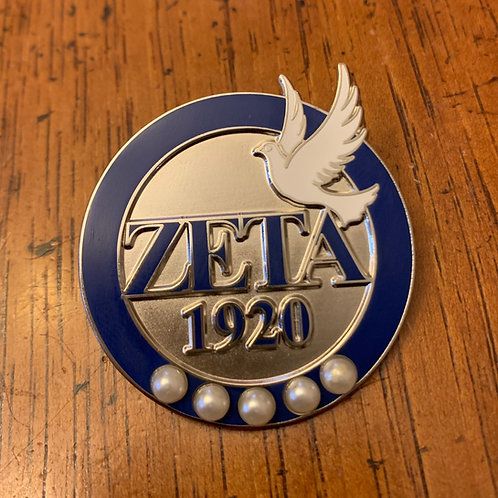 Zeta 1920 with Dove Lapel Pin