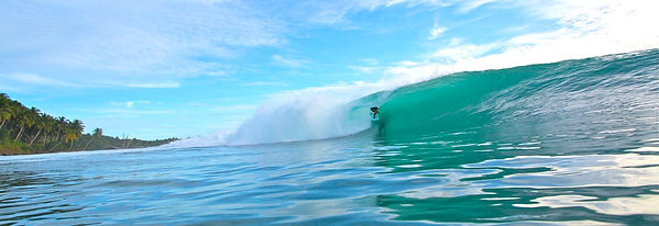 best waves in nusa lembongan, no mans, shipwrecks,