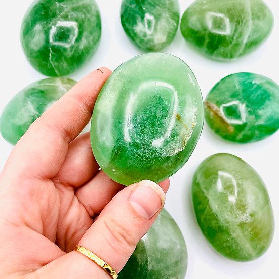 Fluorite verte   pierre de paume