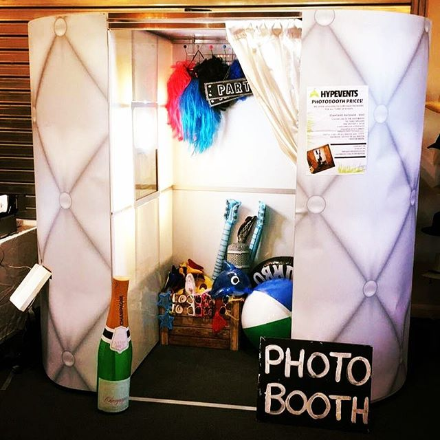 white Photobooth for hire