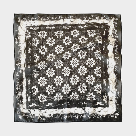 Geo floral scarf in black