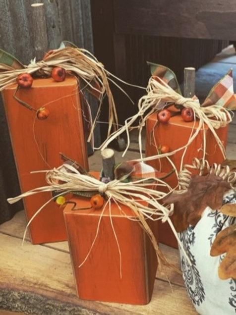 Fall Wood Pumpking (Set of 3)