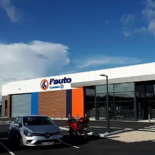 Construction d'un centre auto Leclerc
