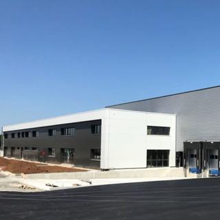 Construction d'une unité de production de véhicules