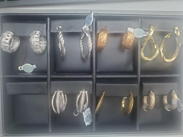Earrings 14.jpg
