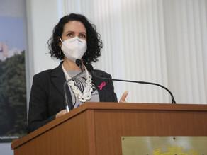 Fernanda Garcia faz voto de pesar após morte de escritor no Rio de Janeiro
