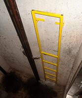 Escada de Acesso ao Fundo do Poço