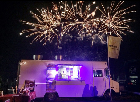 Say yes to food trucks at your wedding!