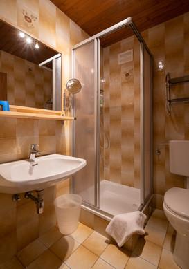 Familienzimmer Dusche/WC 1