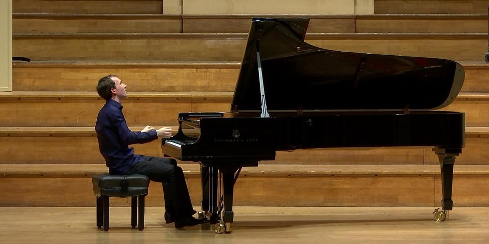 Solo recital: Brahms, Szymanowsky, Schumann