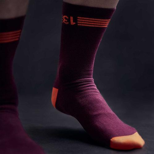 13 thirteen bordeaux cycling socks front