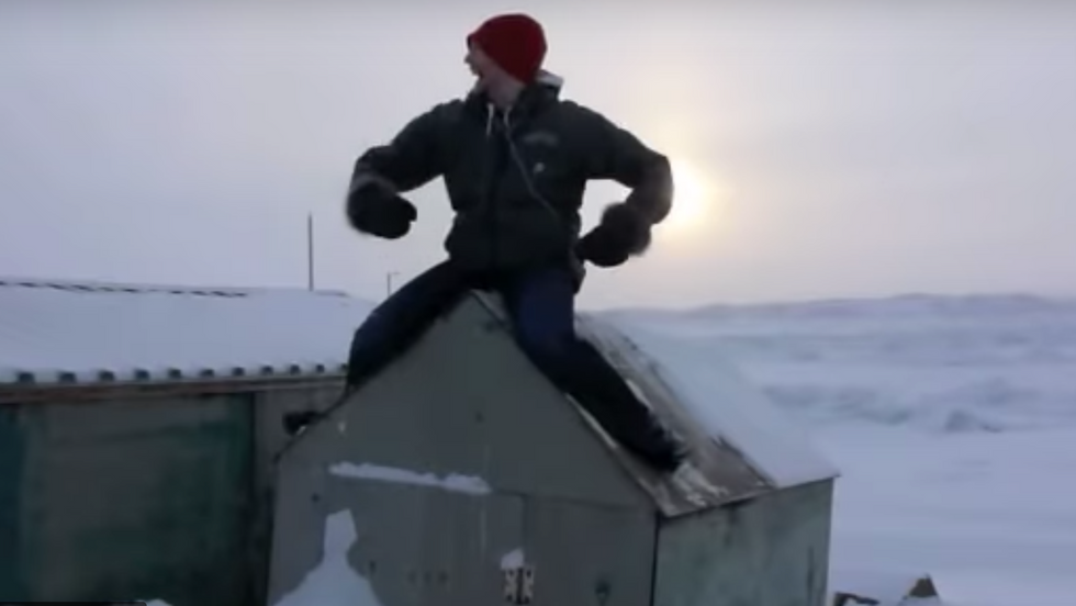 Feel the Inukness  (0:03:46)