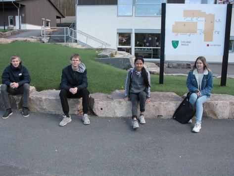 Avgangselevene på Iveland glad for skolestart igjen- til høsten venter nye eventyr