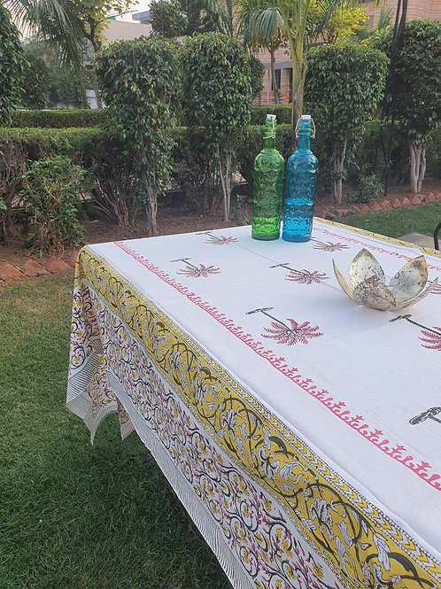 6 seater table cover with napkin set
