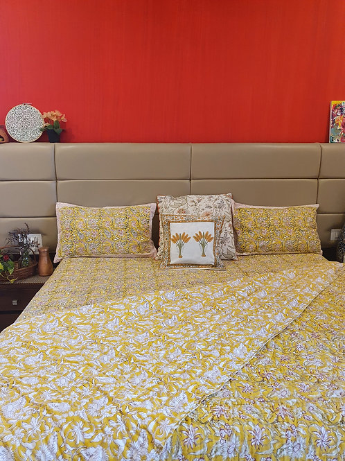 Yellow Daffodil Bedding Set