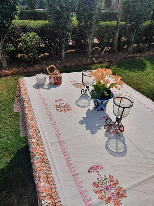 6 seater hand block printed table cover with napkins