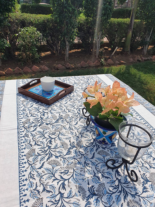 6 seater floral table cover with napkin set