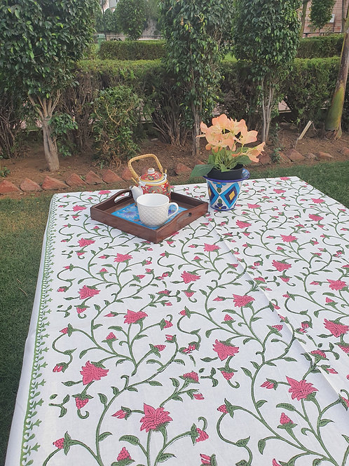 8 Seater Rose Bud Table Cover and Napkin Set